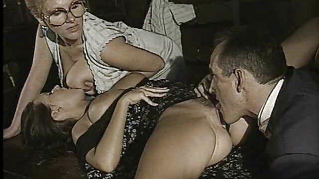 XXX regisztráció nélkül  Maszturbáció, nagy seggű pornó szépség verseny.