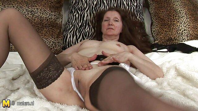 XXX regisztráció nélkül  A segg szex felnőttek szeretik az anyjukat ragyogni.
