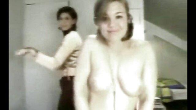 XXX regisztráció nélkül  Orgazmus szex közben egy nagy popsi szex masszázs.