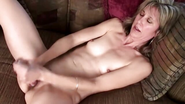 XXX regisztráció nélkül  Seggfej töltelék punci pornó nagy seg egy leszbikus